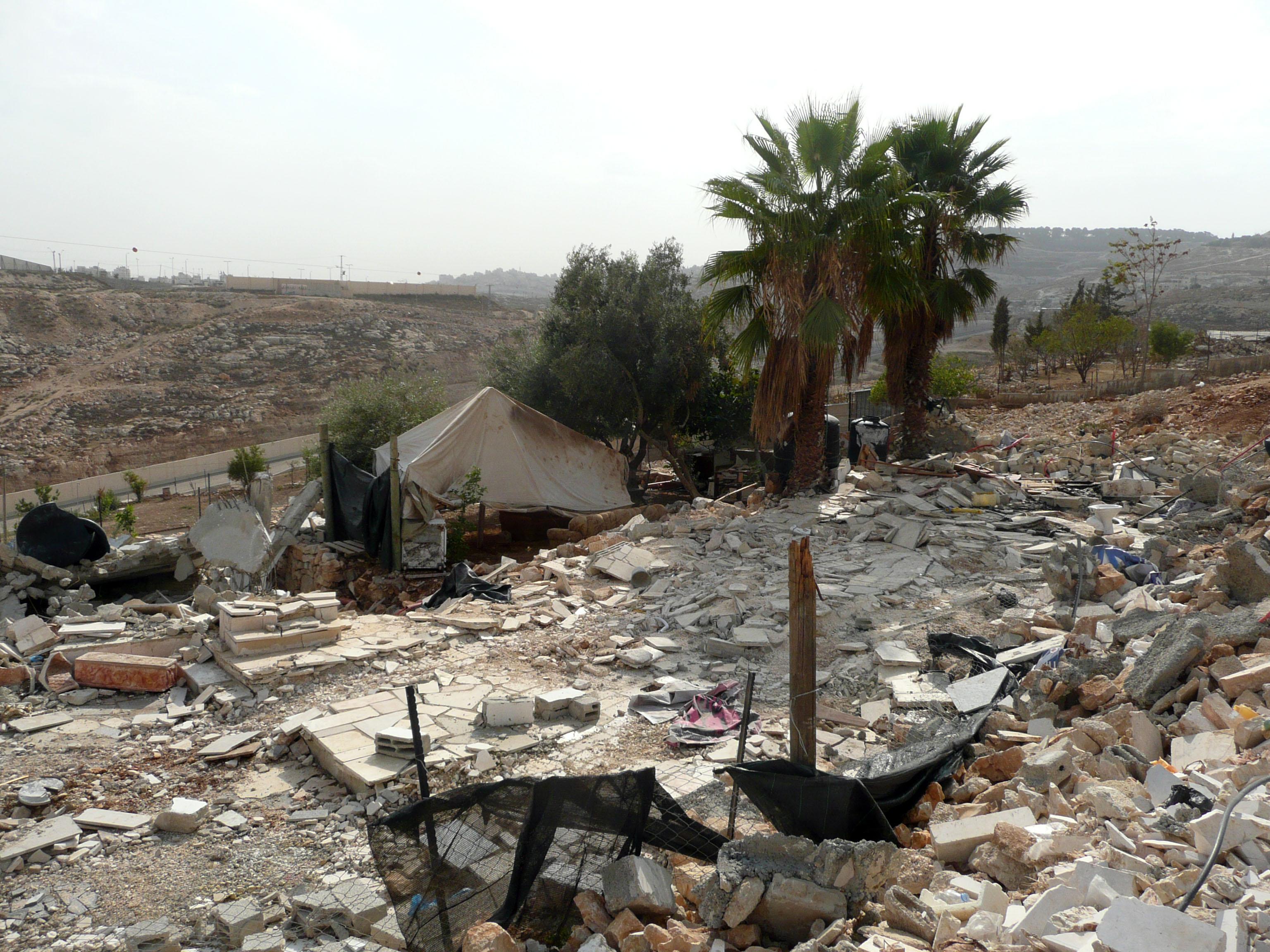 zusammenfassender bericht von icahd ber zerst rungen und vertreibungen durch die israelische. Black Bedroom Furniture Sets. Home Design Ideas